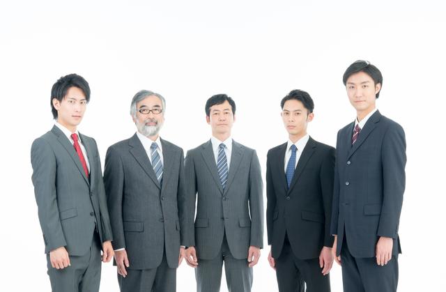 課長昇進の年齢について~抜擢人事の功罪